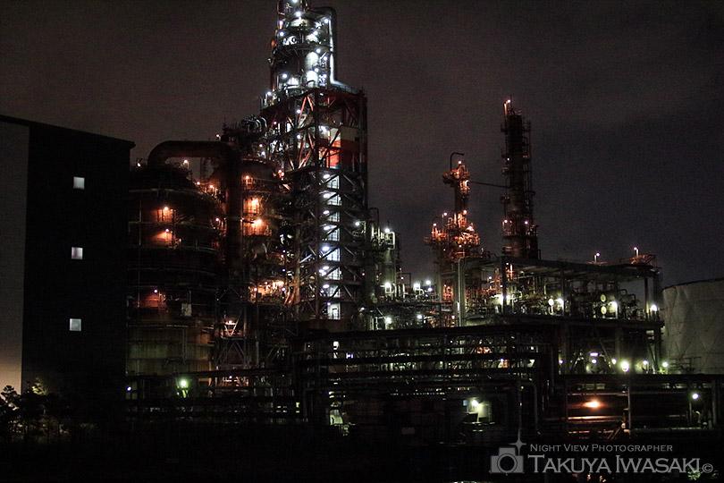 東亜石油のプラント