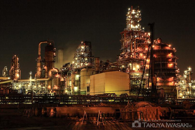 水江町から望む工場夜景(現在は観賞不可)