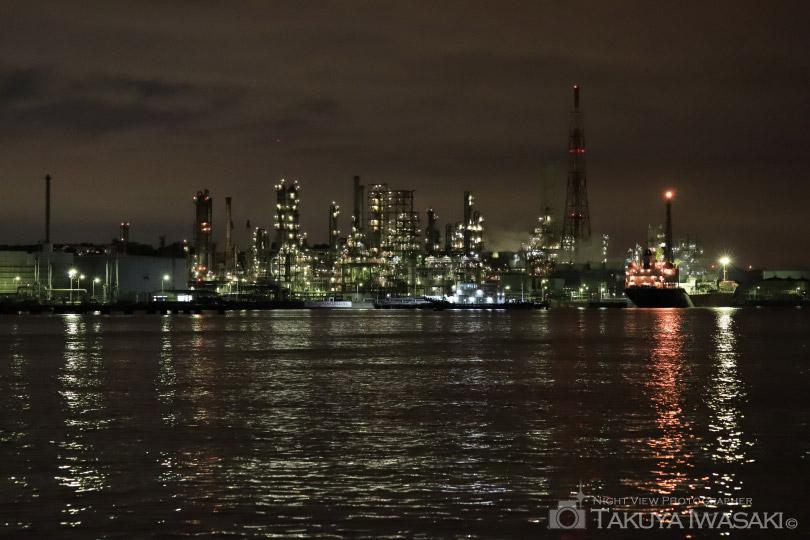 新磯子町からの工場夜景