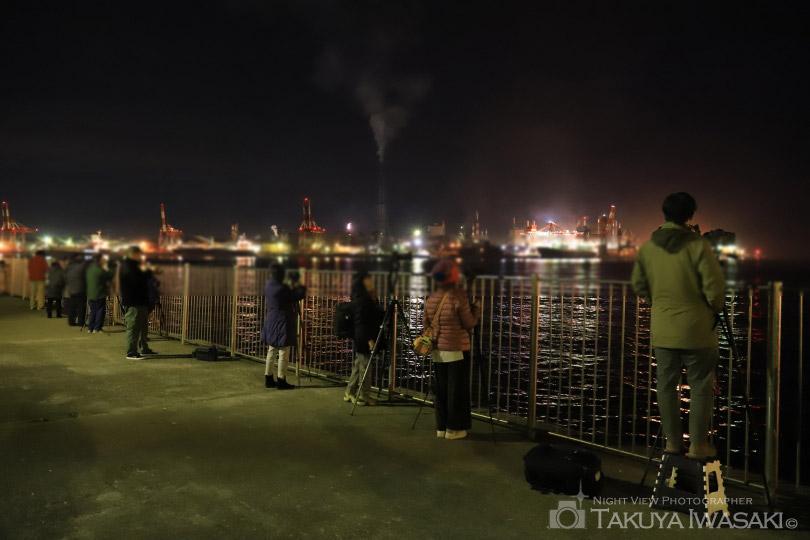 港公園の夜景撮影風景