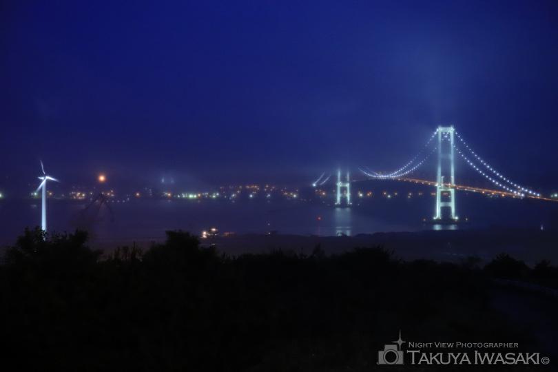 トワイライトタイムの白鳥大橋